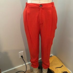 Red Cropped Pant w/ Twist Hem